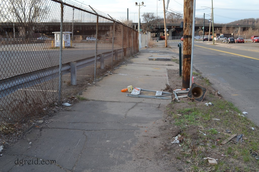 ct transit sidewalk